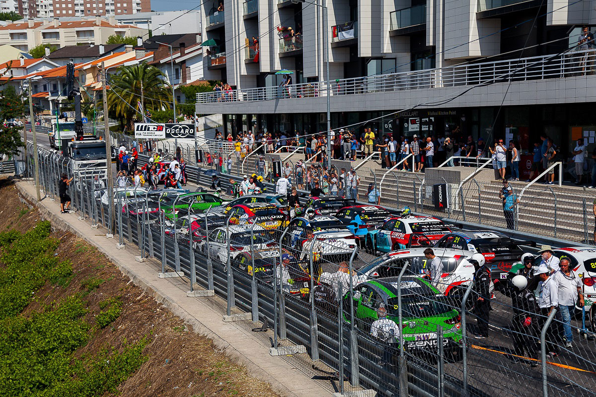 Circuito Vila Real : Acidente interrompe prova wtcr do º circuito de vila real anotícia