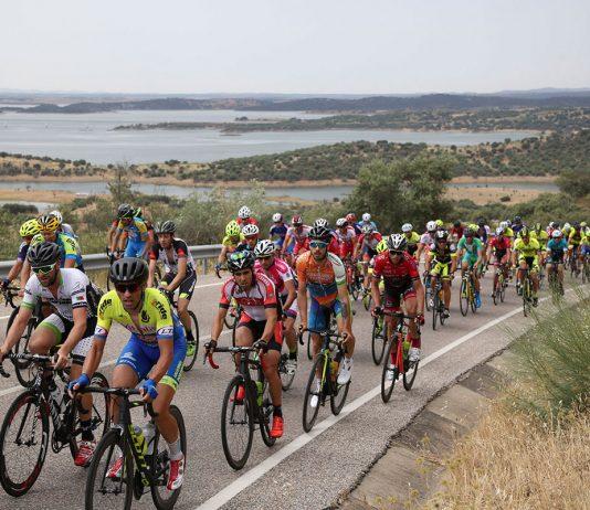 Ciclistas Masters e Elites Amadores disputam campeonato nacional no concelho de Reguengos de Monsaraz