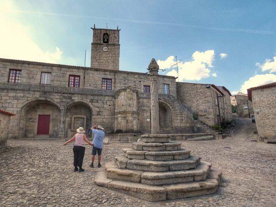 Pelourinho e Casa da Câmara de Castelo Novo