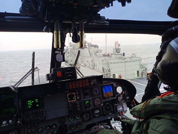 fragata Corte-Real helicóptero da Marinha
