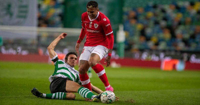 Sporting reforçou a posição de líder