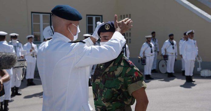 boinas novos fuzileiros da Marinha